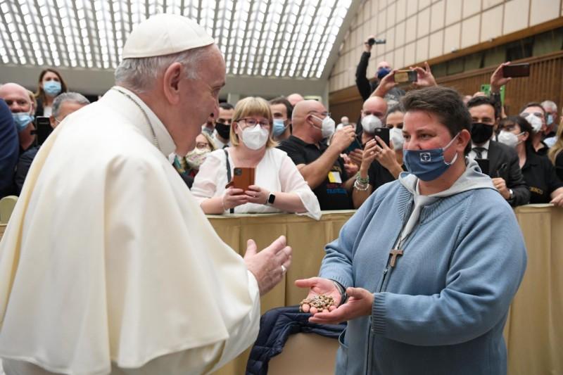 Nuestra Señora del Rosario: Papa