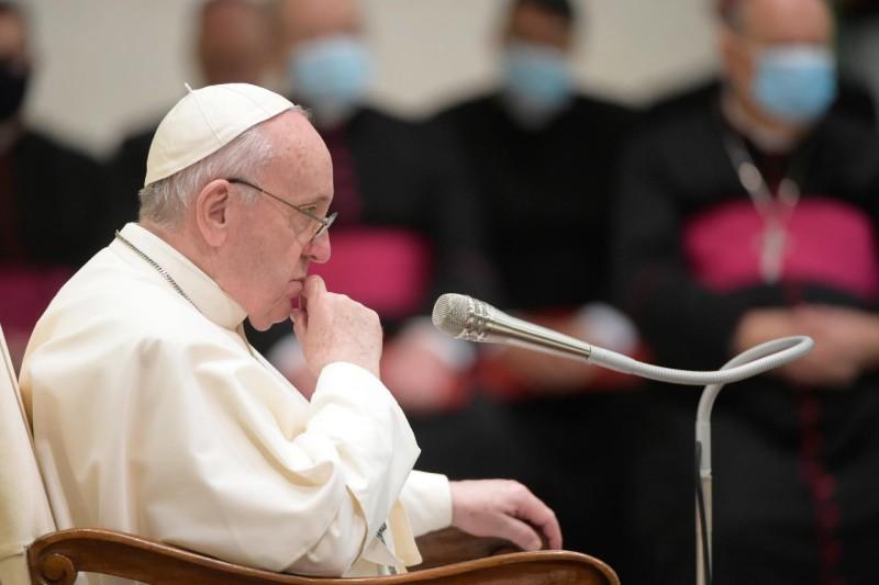 Vaticano carta documental francesco