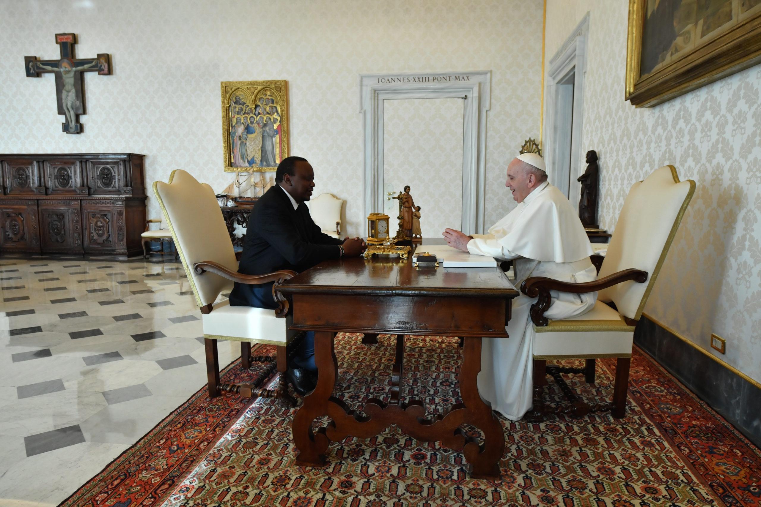 Kenia: El Papa recibe al presidente