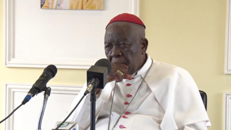 Camerún Liberación cardenal Tumi