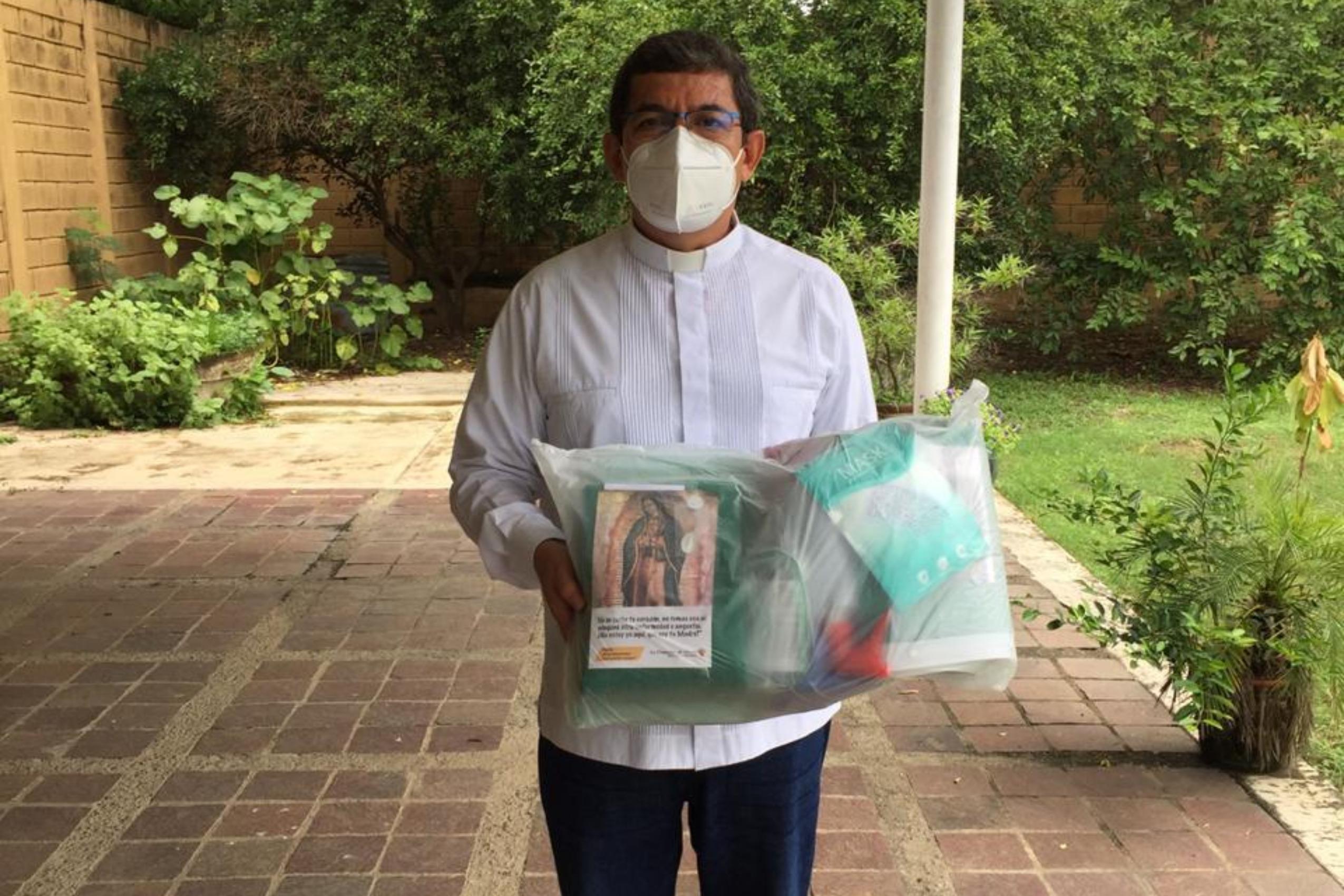 México campaña sacerdotes COVID-19