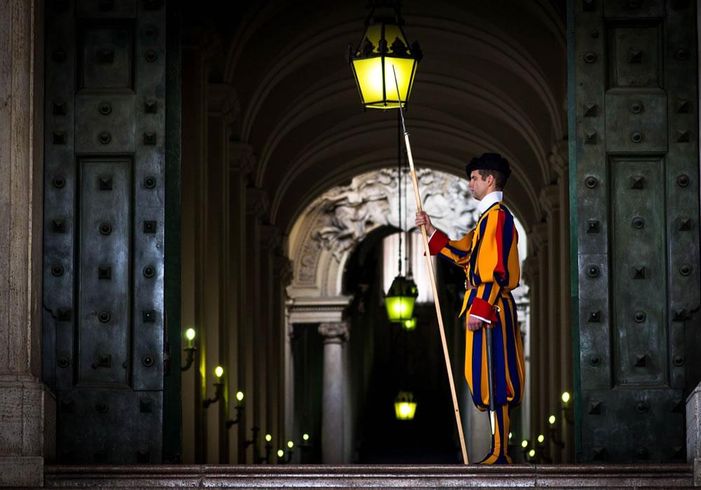 Guardias Suiza Pontificia: ¿es verdad que llegan mujeres al ejército del Papa?