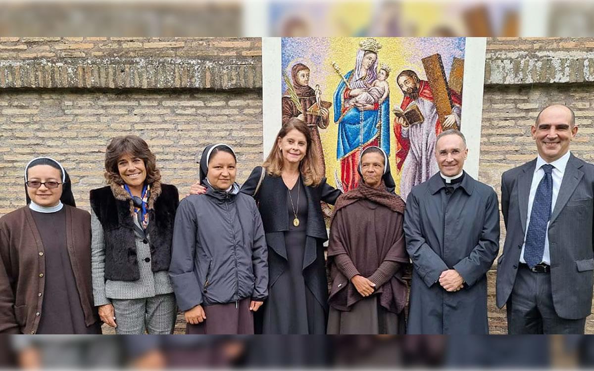 Vicepresidente de Colombia visita al Papa y se encuentra con monja colombiana que estuvo secuestrada